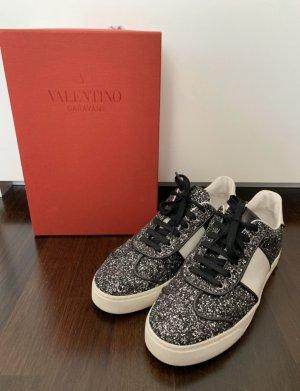 Valentino Garavani Sneaker in Schwarz/Silber