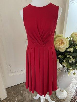 Valentino Shortsleeve Dress red