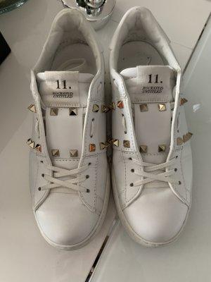 Valentino Rockstud Sneaker 40
