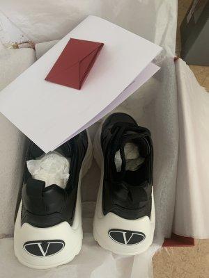 Valentino Sneaker in GR 37
