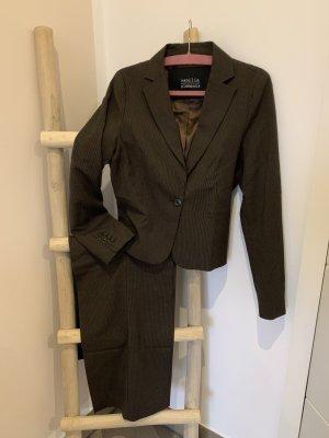 Vanilia Tailleur-pantalon brun foncé-blanc cassé