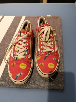 Vans Lace-Up Sneaker red