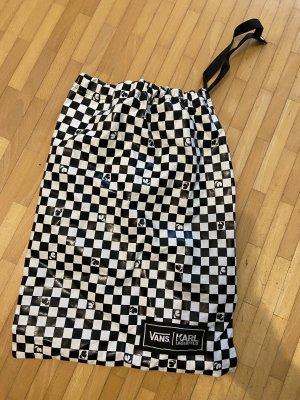 Karl Lagerfeld Pouch Bag white-black