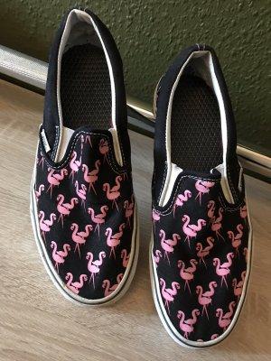 Vans mit pinken Flamingos
