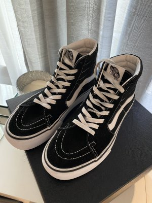 Vans High Top Sneaker black-white
