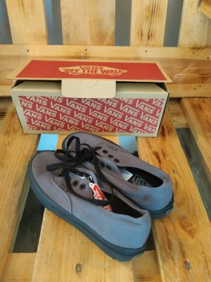 Vans Lace-Up Sneaker black-anthracite