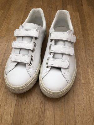 Veja Schuhe in weiß