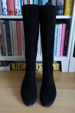 Velours-Stiefel mit weitem Schaft