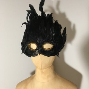 Veneziansiche Maske mit Federn grün schimmernd top
