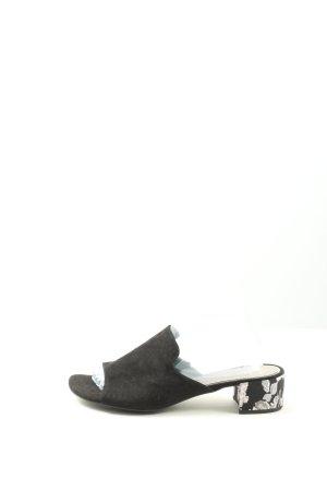 Venturini Sandalo con tacco nero motivo floreale stile professionale