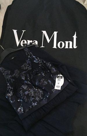 Vera Mont Edels, mit Verziehrungen am Dekolleté geschmücktes Kleid .