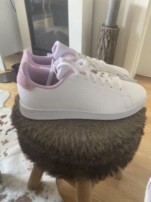 Verkaufe Adidas Sneaker in weiß rosa neu