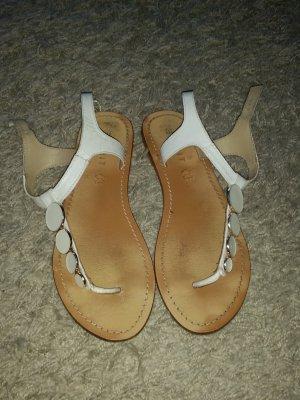 Verkaufe die Sandalen Größe 40 in weiß von ESPRIT - stark abgenutzt