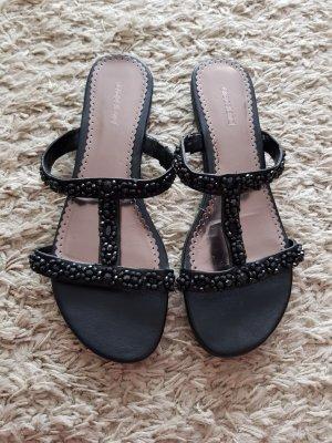 Verkaufe die Sandalen Größe 42 in schwarz GRACELAND mit Steinen