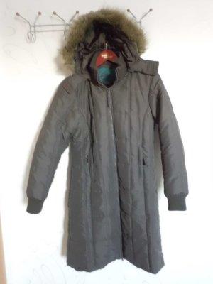 Verkaufe gut erhaltenen Mantel Gr. M in braun