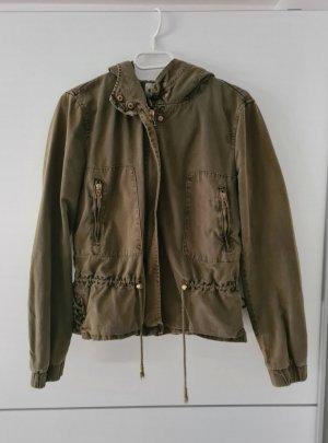 Verkaufe schöne Jacke mit Schnürung von Zara.