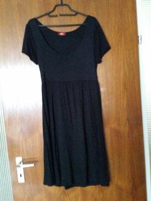 Verkaufe schwarzes Kleid von BUFFALO Gr. 38