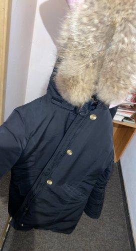 Verkaufe Winterjacke Elara
