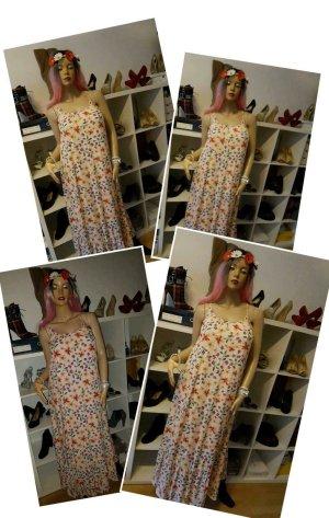 Verkauft wird hier ein Kleid Größe XXL Neu.. LC WAIKIKI