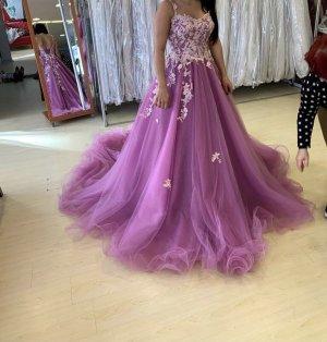 Wedding Dress violet