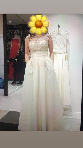 Vestido de baile blanco puro