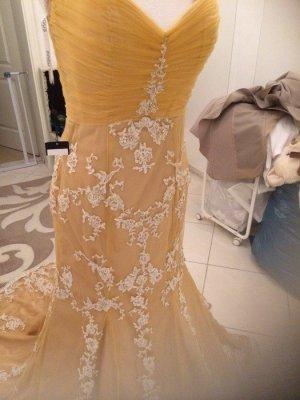4F Suknia wieczorowa nude Poliester