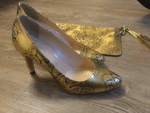 Vero Cuoio Schuhe Pumps. Gold. Neu. Made in Italy Größe 39