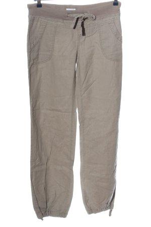 Vero Moda Pantalón de camuflaje marrón look casual