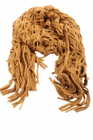 Vero Moda Fringed Scarf green cable stitch casual look