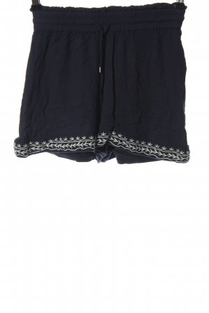 Vero Moda Hot Pants blue-white casual look