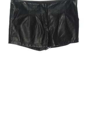 Vero Moda Hot Pants schwarz Glanz-Optik