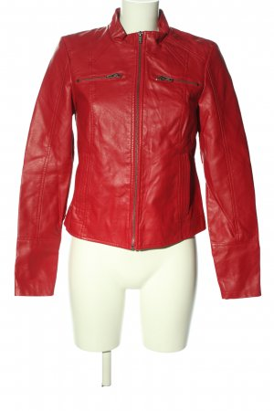 Vero Moda in Blue Faux Leather Jacket red casual look