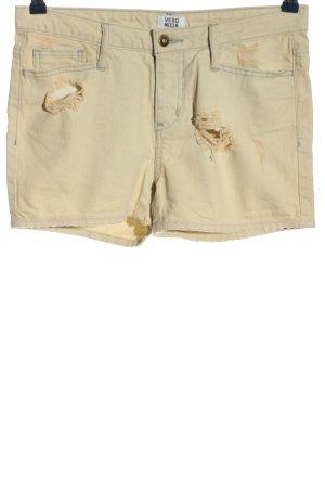 Vero Moda Pantalón corto de tela vaquera crema look casual