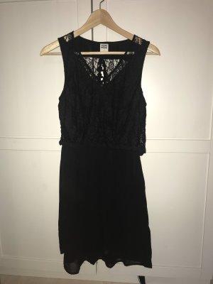 Vero Moda Kleid mit Spitze