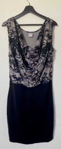 Vero Moda Kleid mit Wasserfalldetail