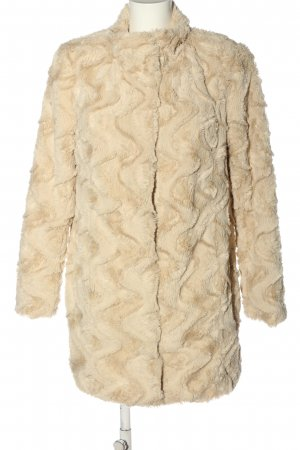 Vero Moda Fake Fur Jacket cream casual look