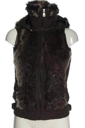 Vero Moda Fake Fur Vest brown casual look