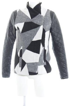 Vero Moda Kurzjacke grafisches Muster Casual-Look