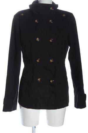 Vero Moda Abrigo corto negro look casual