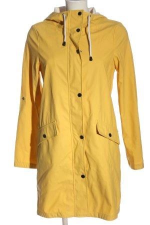 Vero Moda Raincoat primrose casual look
