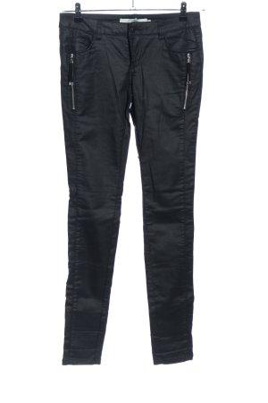 Vero Moda Pantalón de tubo negro look casual
