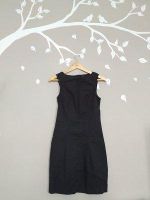 Vero Moda schwarzes Abendkleid mit langem Reißverschluss am Rücken/ festlich und elegant/ Größe 36