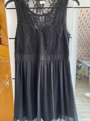 Vero Moda Schwarzes Cocktailkleid