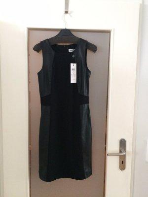 Vero Moda Schwarzes Kleid mit Leder-Imitat Details Gr. 34/XS Neu mit Etikett NP 49,99€