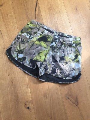 Vero Moda Shorts, abstraktes Muster