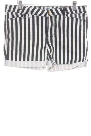 Vero Moda Shorts schwarz-weiß Streifenmuster Street-Fashion-Look
