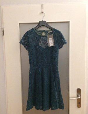 Vero Moda Spitzen-Kleid mit Rücken Cut-Out Gr. 34/XS Grün Neu mit Etikett NP 49,99€