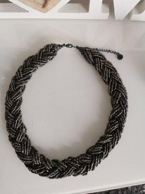 Vero Moda Collier incrusté de pierres noir-argenté