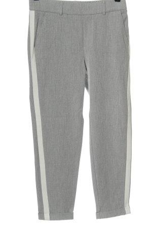 Vero Moda Pantalón tipo suéter gris claro moteado look casual