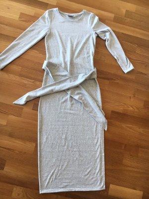 VERO MODA°Strick-Kleid hellgrau°lang°Gürtel°schlicht°Rundhals°S°36°NEU